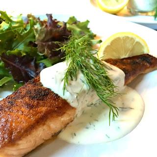 Pan-Seared Salmon with Creamy Greek Yogurt Lemon Dill Sauce Recipe