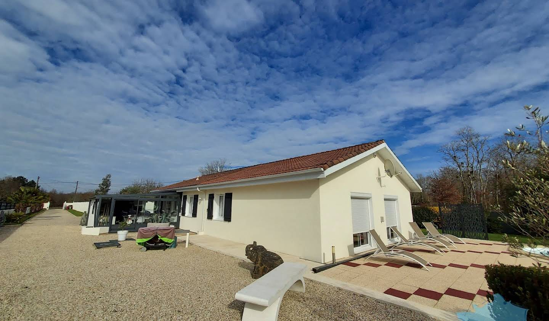 Maison avec piscine et terrasse Landiras