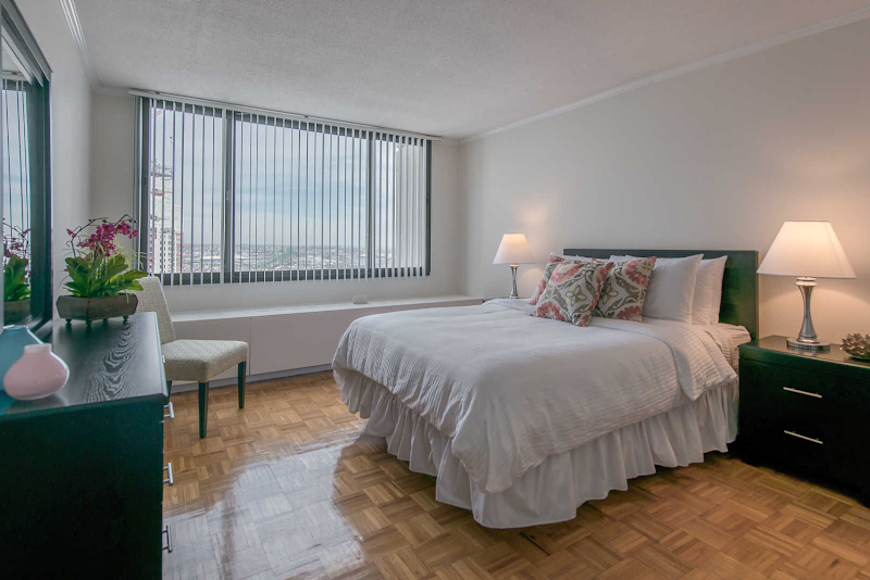 the-towers-at-longfellow-apartments-bedroom1