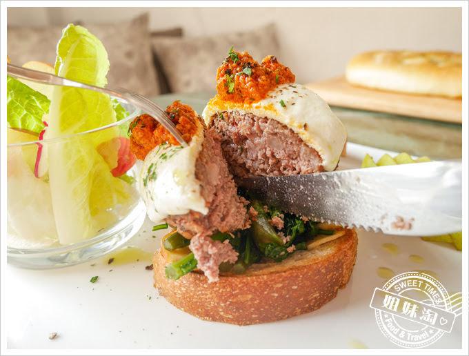 好市集手作料理Le Bon Marche開放式三明治起司牛肉漢堡排