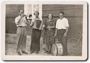 Photo: Od lewej: Modzelewski Stanisław, ...