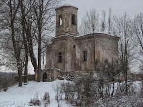 Photo: Niebawem docieram do ruin barokowego Kościoła Św. Mateusza z z lat 1748 -1750. Twórcą świątyni był jeden z najwybitniejszych na Śląsku budowniczych - J.A. Jentsch, pracujący na zlecenie krzeszowskich cystersów. Kościół spłonął doszczętnie w 1972 r. http://dolny-slask.org.pl/521726,Uniemysl,Kosciol_sw_Mateusza_ruiny.html