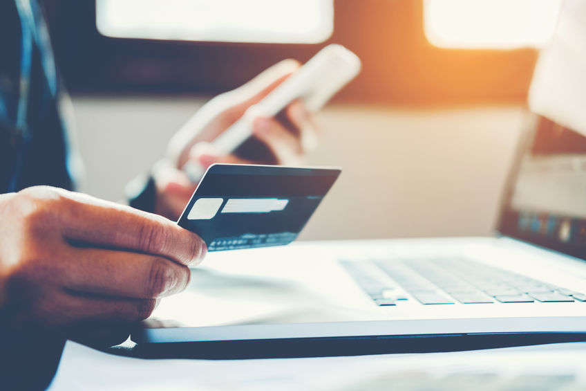 Online shopping can be made easy with the right website interface and offers such as free shipping. - 123RF Blog