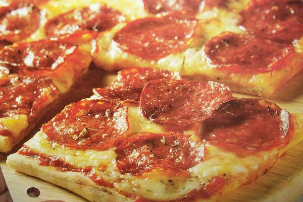 Awesome Pepperoni Pizza Recipe