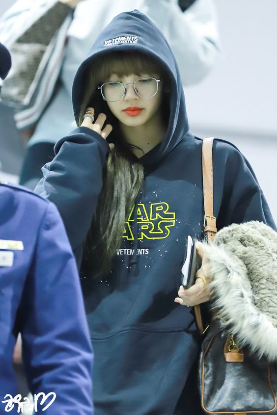 lisa glasses 56