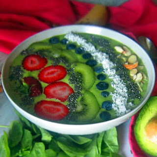 Avocado Spinach Green Smoothie Bowl