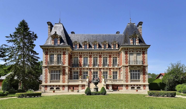 Castle Rosnay-l'Hôpital