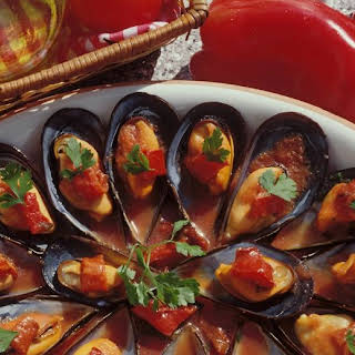 Mussels with Tomatoes.