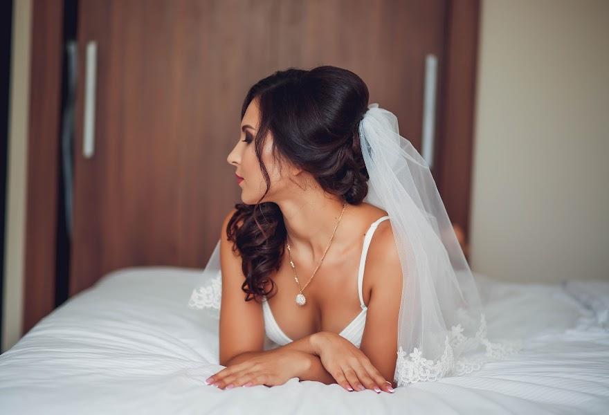 Wedding photographer Vera Scherbakova (verusha). Photo of 20.03.2019