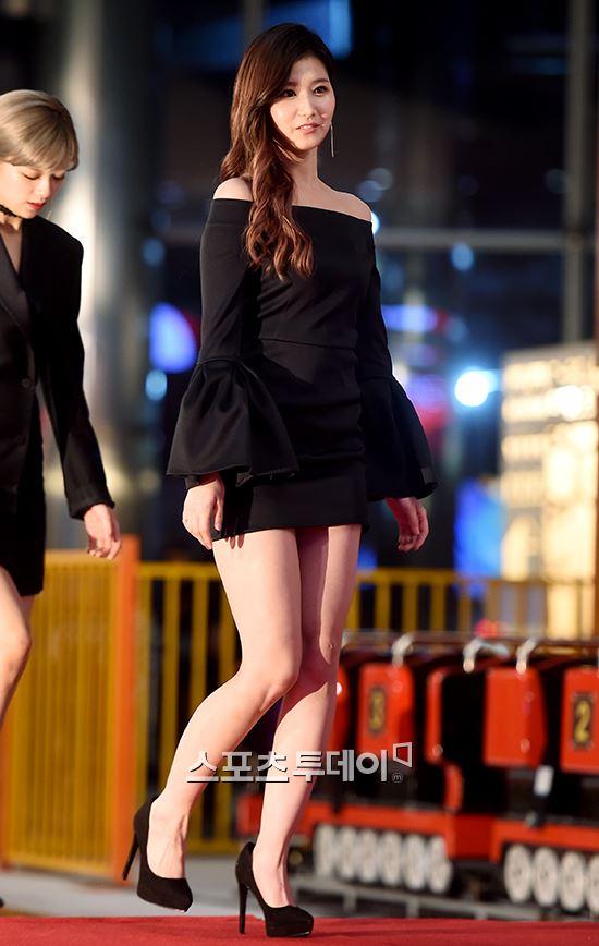 sana dress 12