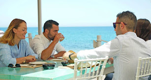 Neptuno Mojácar ofrece la mejor gastronomía a la orilla del Mar Mediterráneo.