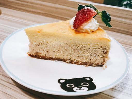 草莓起司蛋糕酸甜好吃的很過分 帕里尼套餐太划算啦!