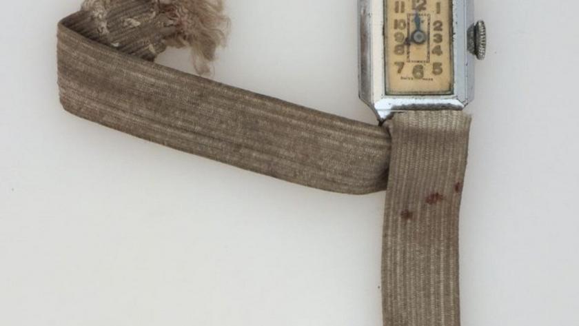 Imagen del reloj de Manuel García Ruiz que se paró para siempre un día de 1944. Foto de Juanfra Colomina.