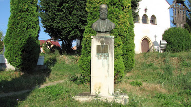Photo: Stefan Micle  (n.1820, Feleacu, Comitatul Cluj - d.1879,Iasi)  a fost un pedagog și fizician român,  profesor si rector la universitatea din Iași. http://www.ziarulfaclia.ro/turism-la-sfirsit-de-saptamina-m-am-suit-in-dealul-clujului/ http://www.manastirea-feleacu.ro/biserica.html http://www.comunafeleacu.ro/ (2012.08.14)