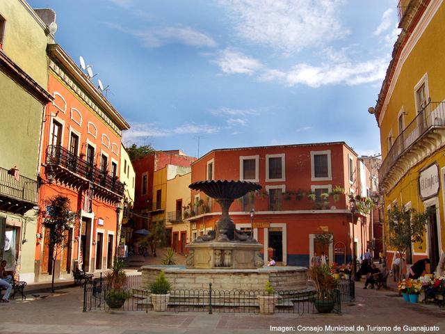 Guanajuato Plaza.jpg