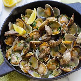 Garlic Butter Sauteed Clams