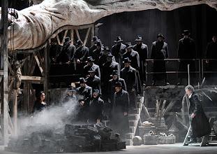 Photo: Theater an der Wien: MATHIS, DER MALER von Paul Hindemith. Premiere 12.12.2012, Inszenierung: Keith Warner. Franz Grundheber. Foto: Barbara Zeininger.