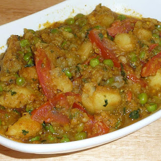 Aloo Mattar (Potatoes and Green Peas)