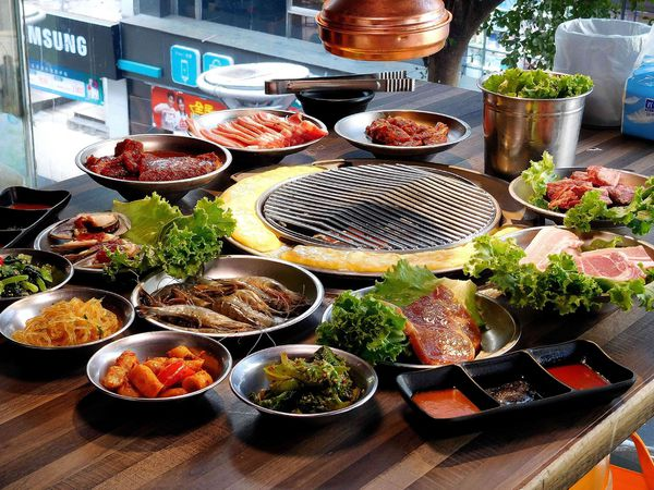 599元最強炭火烤肉吃到飽 韓式熱炒 主廚鍋物 啤酒肉倉韓式烤肉