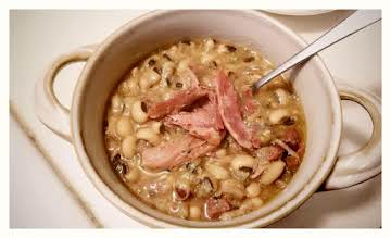 Smoked Turkey and Blackeye Peas Crockpot recipe