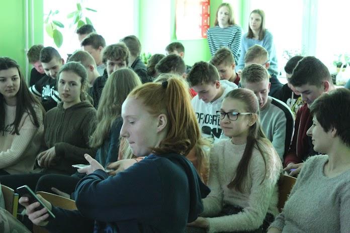 Bezpieczeństwo w internecie: zajęcia w Szkole Podstawowej im. Janusza Kusocińskiego w Dolsku