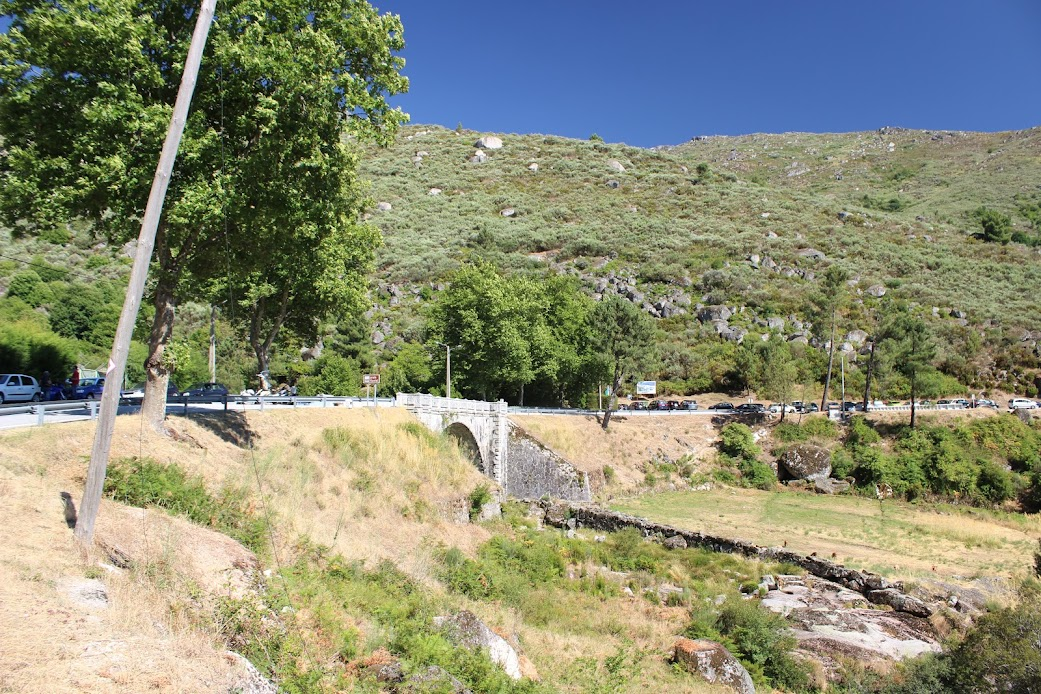 Qualquer coisa como TransEstrelaica (percorrer a Serra da Estrela pelos caminhos menos turísticos e mais deslumbrantes) Z-zU8fpij7qIVA4LrpuwJa3yqcGT7__qDam_cNO16EQq52T17mHUy9-5kdOXw4QeX9w3-R3z0P7v_SotWRByP_0V3Yn9NmUirvor7rpovNFgrpJYvTirxW4X-mJyUu5JAVoPQ9WkhVtsVZTy0E-0Sc7icy0MBF2JsjAg4_vWDmjUkjm5J5nxX3rOujaqHoJ3ifCRsj1RXGJ_rbOkVMkPuuvI9LMl1UnAXn-3mu1HIUt_0so-GZwTseuJYy5AwfvX_cELlQ_2MbBBK7piSk6g6AfqPuNsgvbF-frx-jIRHAgJL-Ihnk_0o0HuDl0hAnsCYfhGFO4k7hhlAG9wzN_fv-JF2-7RNJIvIdnqHKzeN1wtSGoweIa0j7grIdeJG9N1j5jngqJ-e0hRY_kSqjZeRfDgmgpgQPTCtzhMMAyLgLbadLvxGQMT27XvGrKqHGD5XScGAn8x3WRxwIlLDeELZY9DHtutwVqRjYZMBBNIxQVLFfdJisun2fgMFLJErXupisi5NI05Sko0bOdnNGFrlXd2GQjpRZqfJPLM7mHbLJM=w1042-h694-no