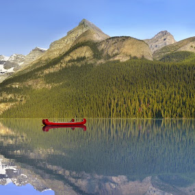 Sunrise over Lake Louise by Marianna Armata - Landscapes Waterscapes