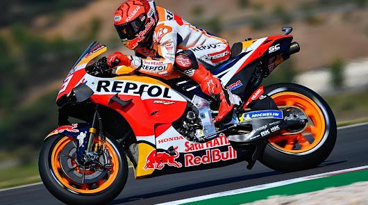 Suena el himno de España dos veces en Portimao, triunfos en Moto3 y Moto2