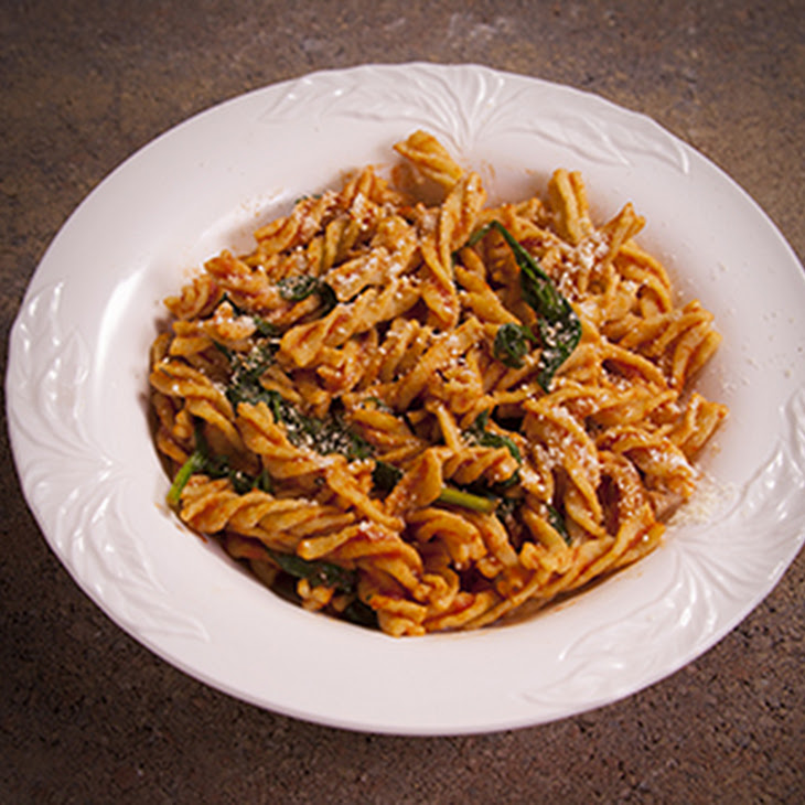 Fusilli with Spinach and Tomato Sauce