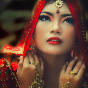 so beauty ........ by Monica Anantyowati - People Portraits of Women
