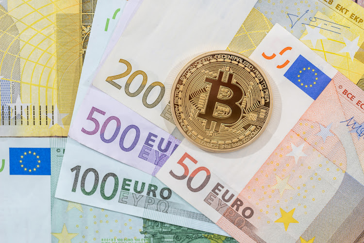 Illustration which proves Bitcoin is like a real currency. Image: ISTOCK