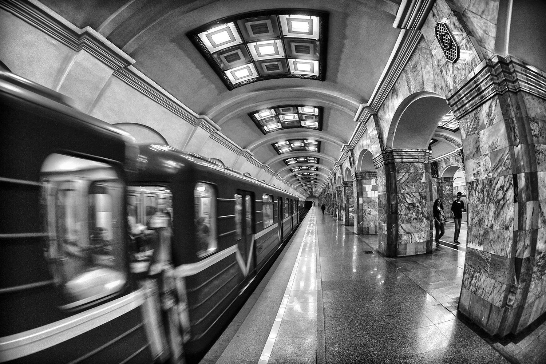 SanpietroburgoMetropolitana di marco pardi photo