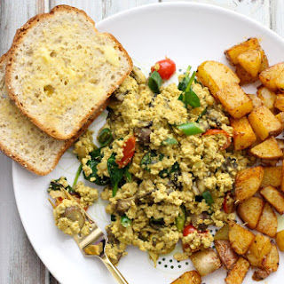 Vegan Tofu Scramble & Paprika Potatoes