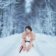 Wedding photographer Denis Frolov (DenisFrolov). Photo of 10.01.2017