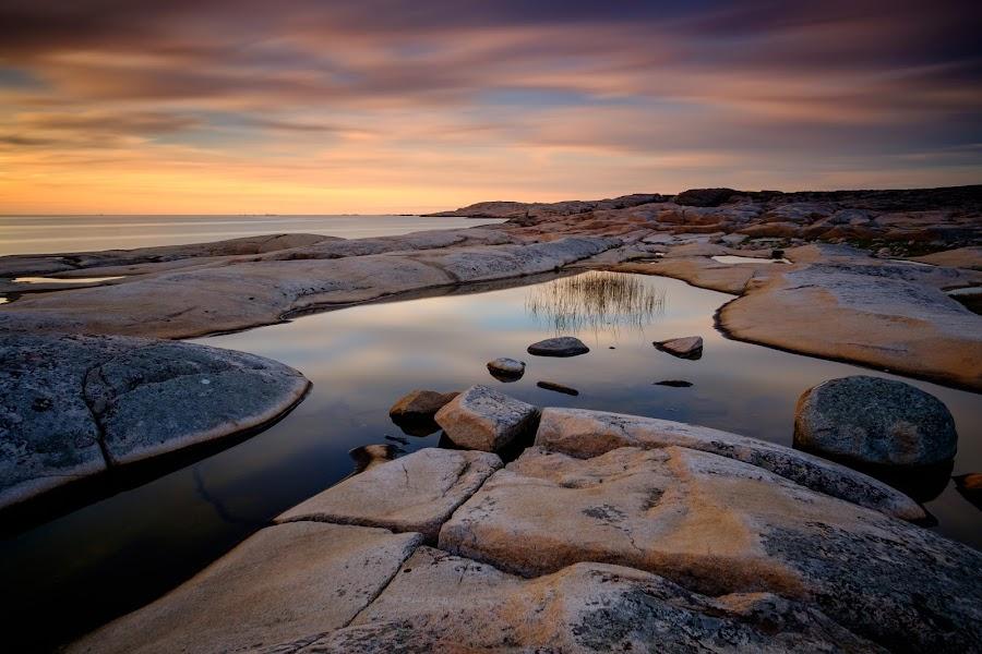 by Stefan Lundgren - Landscapes Sunsets & Sunrises ( water, clouds and sea, ocean, rocks, kusten )