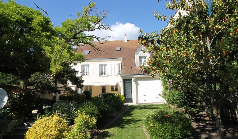 Maison avec terrasse Houdan
