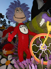 "Photo: Pasadena Rose Parade 2013  Kaiser Float  ""Cat in the Hat"" Charter ""Thing One"" made with Red Bean Body"