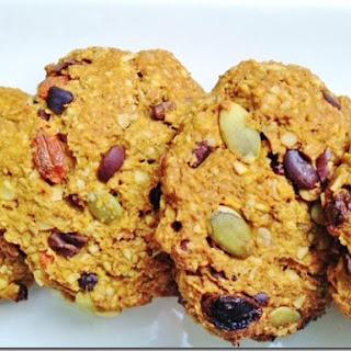 Superfood Stuffed Vegan Oatmeal Cookies.