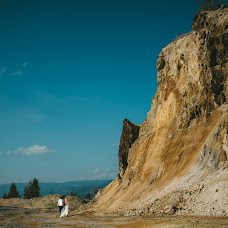 Wedding photographer Attila Hajos (hajos). Photo of 15.09.2015