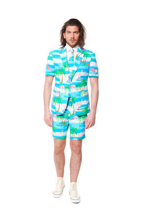 Opposuit, Mr Flaminguy med shorts