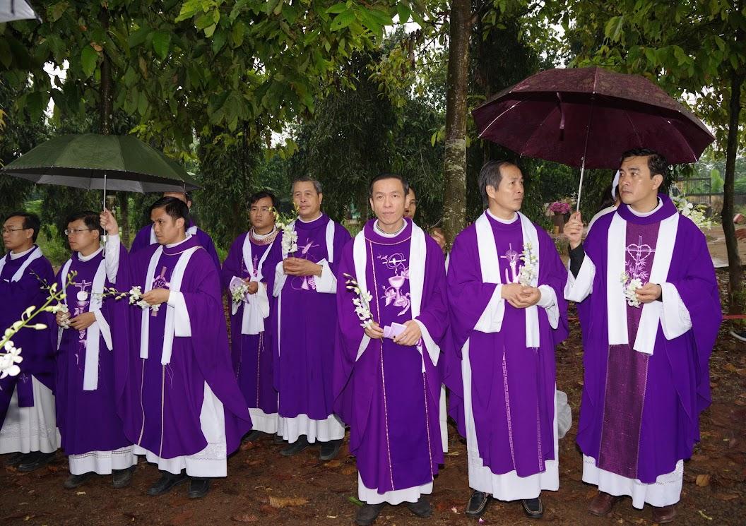 Thánh lễ an táng Cha Giuse Trần Ngọc Tâm - Chánh xứ Xuân Đức - Ảnh minh hoạ 41