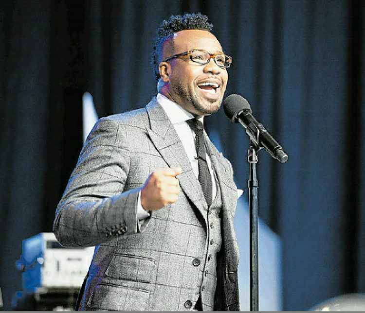 Gospel artist Vashawn Mitchell will perform at Downtown Christian Centret on September 29.