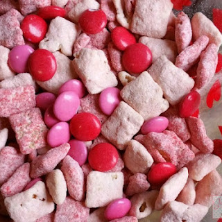 Valentine's Day Muddy Buddies