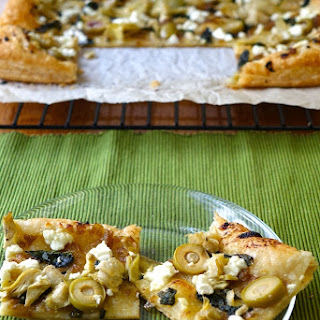 Very Veggie Puff Pastry Pizza Bites