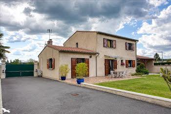 maison à Saint-Astier (24)