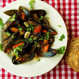 Mussels With Tomato And Celery.