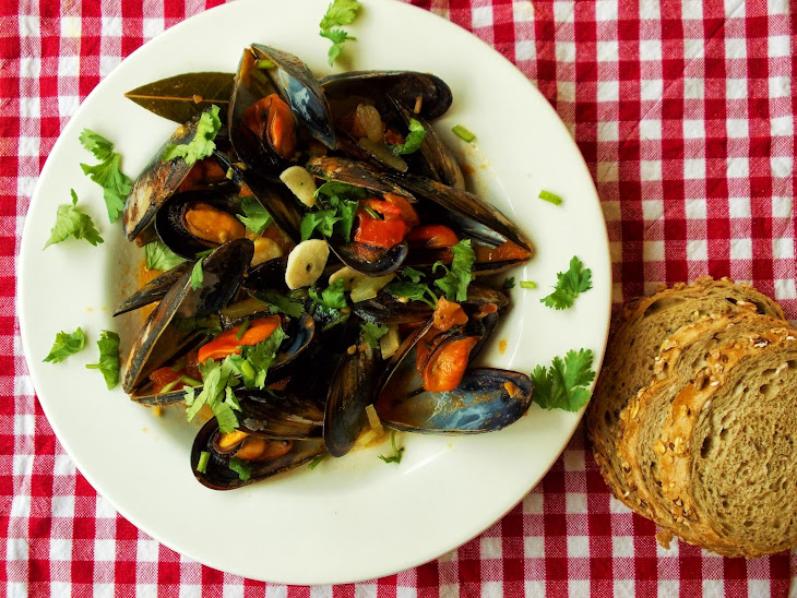 Mussels with Tomato and Celery Recipe