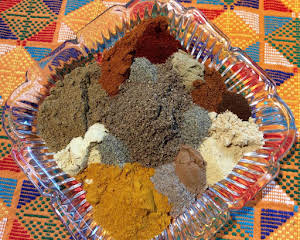 HOMEMADE CURRY POWDER (SALLYE)