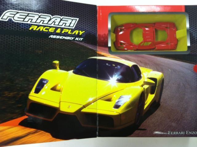 Bộ lắp ghép xe Ferrari Enzo (Bburago Race & Play Assembly Kit) - Bburago 18-45202