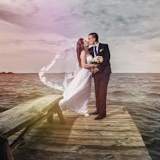 Wedding photographer Elena Tkachenko (WedPhotoLine). Photo of 15.07.2017